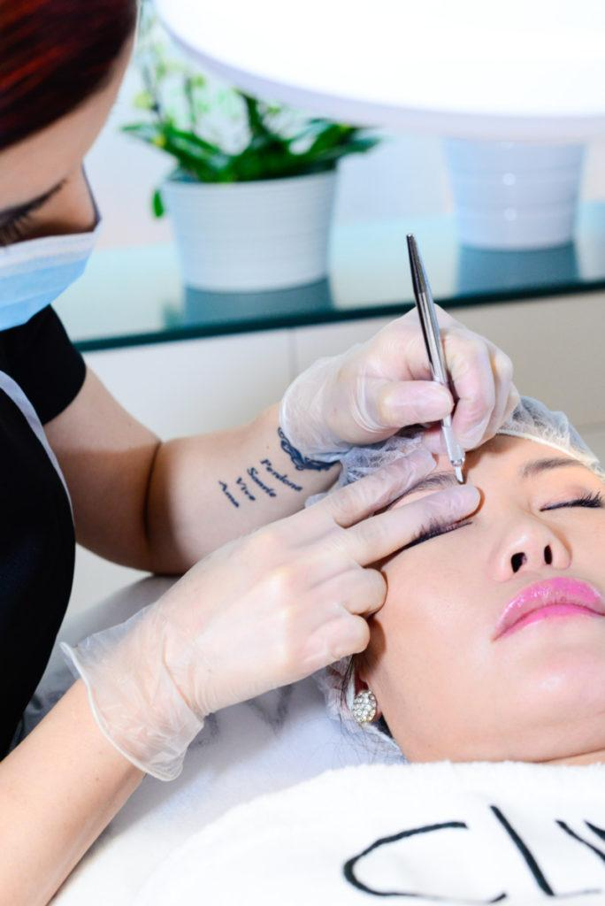 Kosmetisk tatuering behandling 2